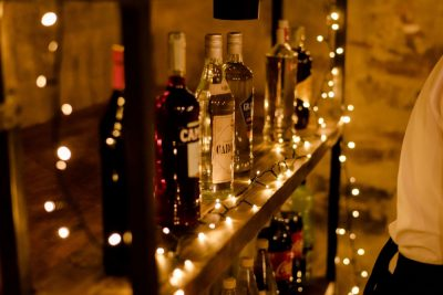 6_wedding-bar_large