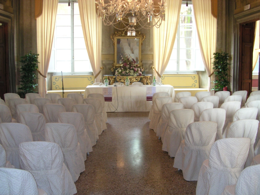 dama-wedding-italy-lucca-palace-venue-tuscany-5
