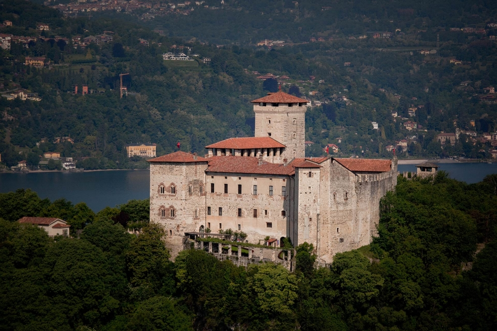 italy-wedding-castle-lake-maggiore-10