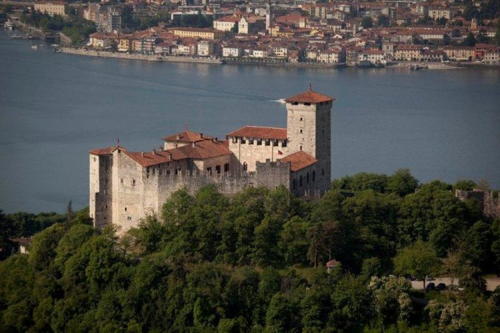 italy-wedding-castle-lake-maggiore-6